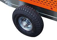 丈夫なブリジストン製タイヤ