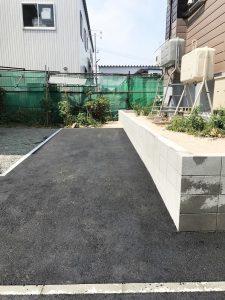 札幌市東区K様邸 ガレージ解体・ブロック塀の施工・アスファルト・ビリ砂敷設・民地石設置-3