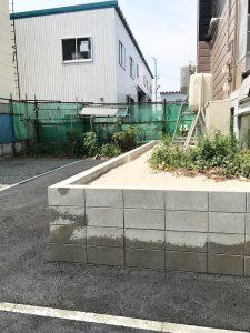 札幌市東区K様邸 ガレージ解体・ブロック塀の施工・アスファルト・ビリ砂敷設・民地石設置-4