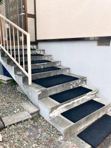 札幌市清田区S様邸 階段セーフティマット(ゴムチップマット)工事-1