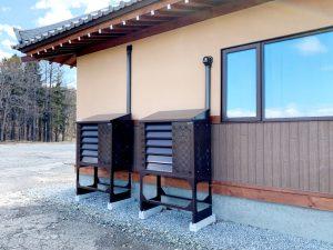 2021年4月 エアコン等室外機カバーヴェルアート(ブラウン) 設置事例 北広島市 某邸-1