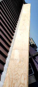 2021年5月施工 旭川市K様邸 造作雪庇ストッパー工事および煙突部分補修-5