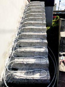 2021年7月 札幌市南区 N様邸 灯油式温水ロードヒーティング改修工事(階段・路盤・歩道)-施工中4