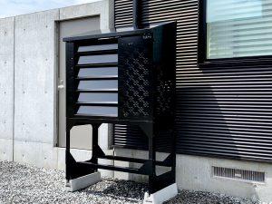 2021年7月設置 岩見沢市 O様邸 室外機カバー「ヴェルアート」-設置例5